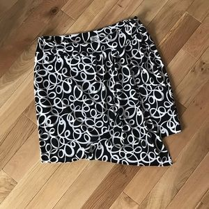 Great lil' Black & White Skirt by Cache'